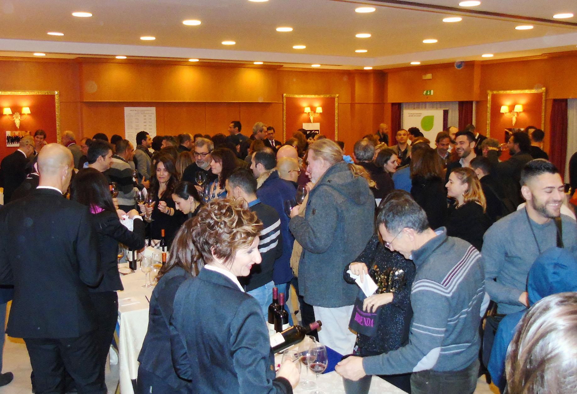 Folla di Appassionati per Bibenda Sardegna 2017