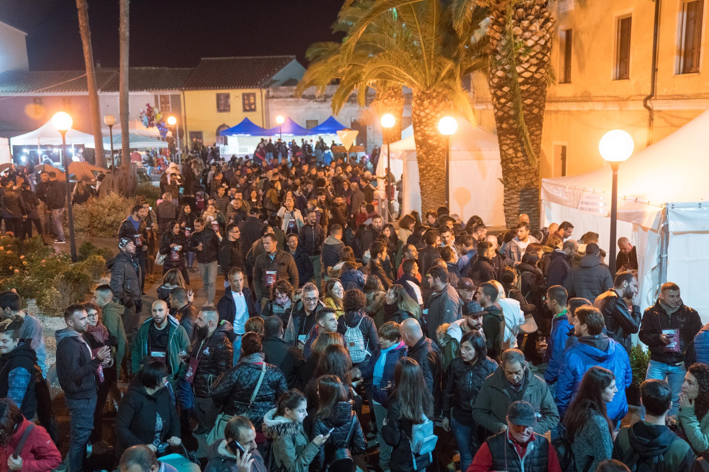 Folla di appassionati a Milis per il Novello