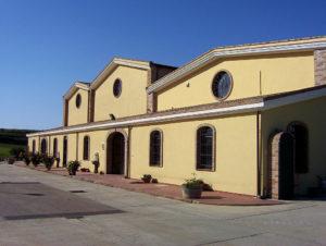 Vista esterna cantina Azienda Vitivinicola Ferruccio Deiana