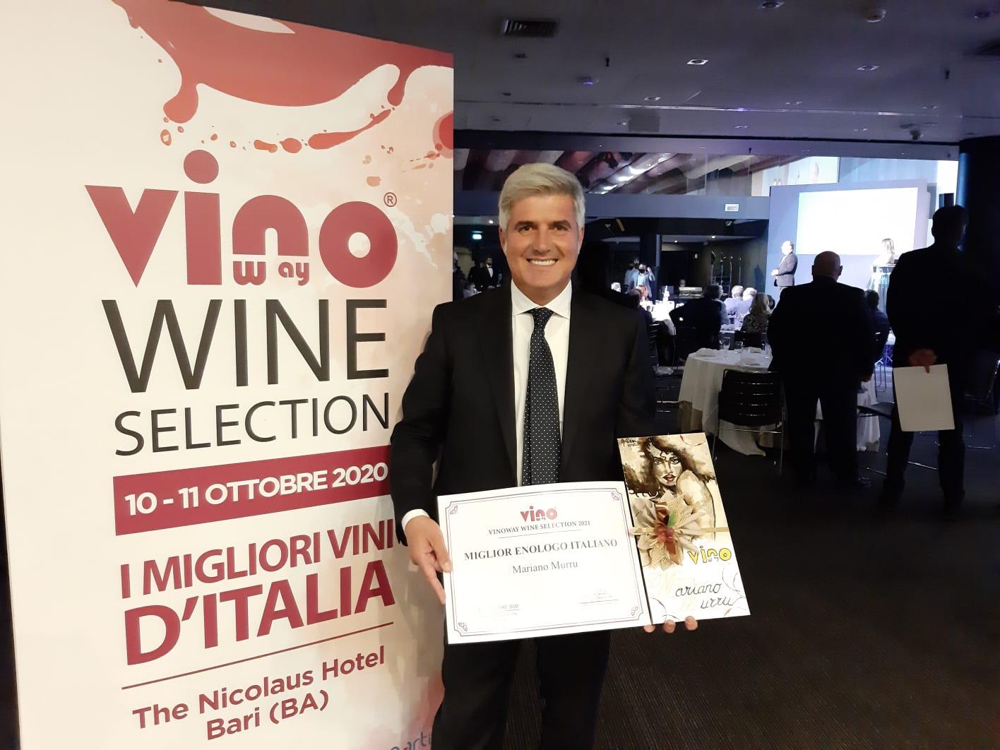 Mariano Murru ritira premio miglior enologo 2020