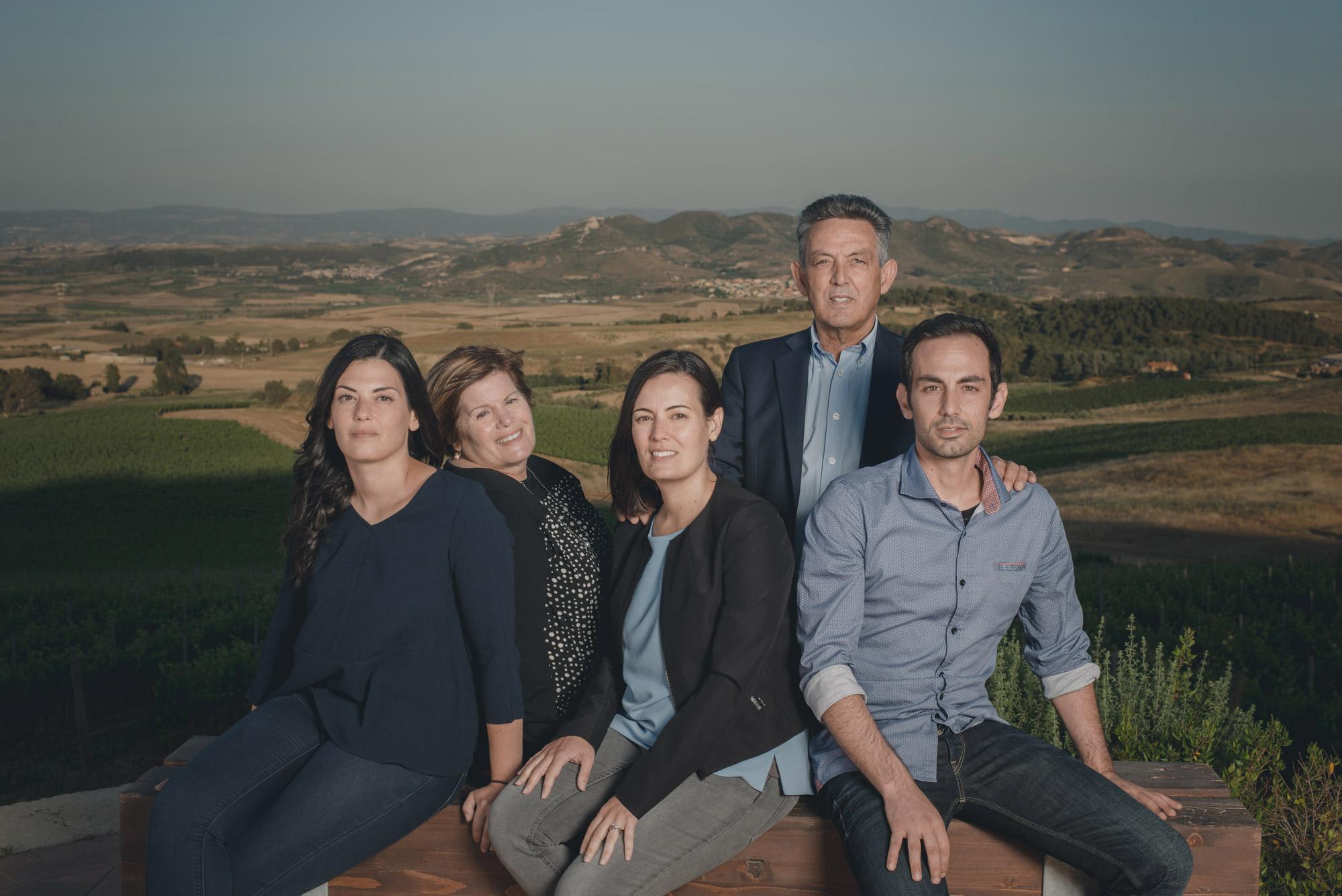 Ritratto della Famiglia Pilloni cantina Su'entu